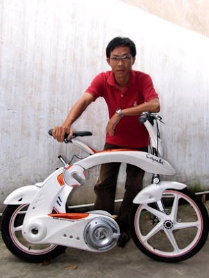 Read more about the article The Capella: Vietnamese Student Designs Electric Folding Bike