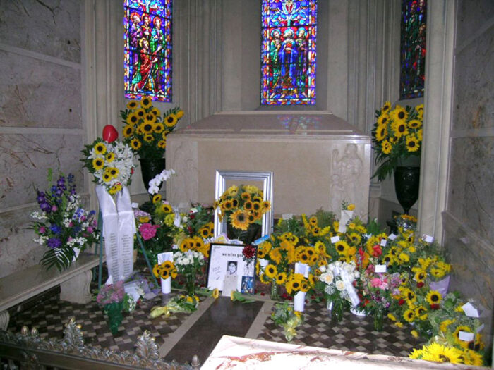 MJ crypt at Forest Lawn