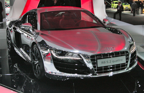 Read more about the article Cars You Can See Yourself In. No, Really… 25 Mirrored Chrome Finished Cars