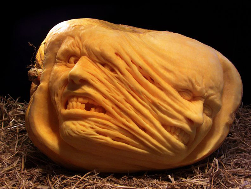 Phenomenal pumpkins carved by the artists at villafane studios for Awesome pumpkin drawings