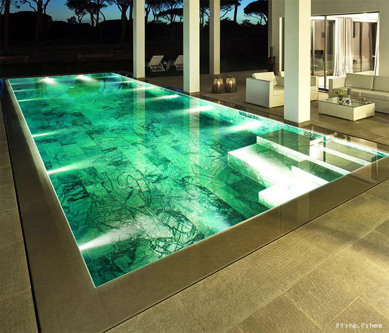 San lorenzo north showcase villa and marble pool for Pool showcase