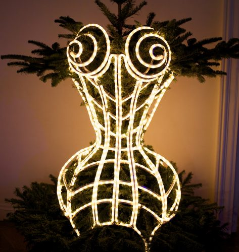 Read more about the article The 18th Annual Designer Christmas Trees From Les Sapins de Noel des Createurs, Part I.