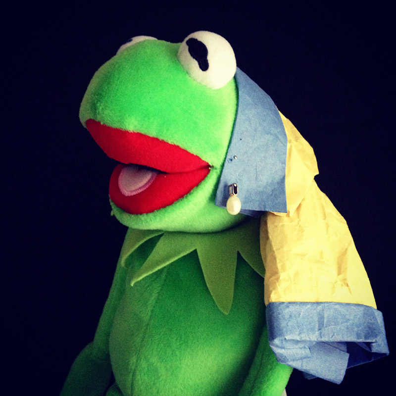 Kermit as Girl With A Pearl Earring