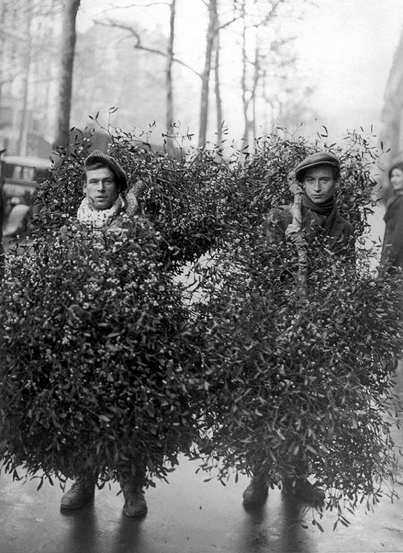 20 Great Vintage Christmas Photos From The Early 1900s - if it's ...