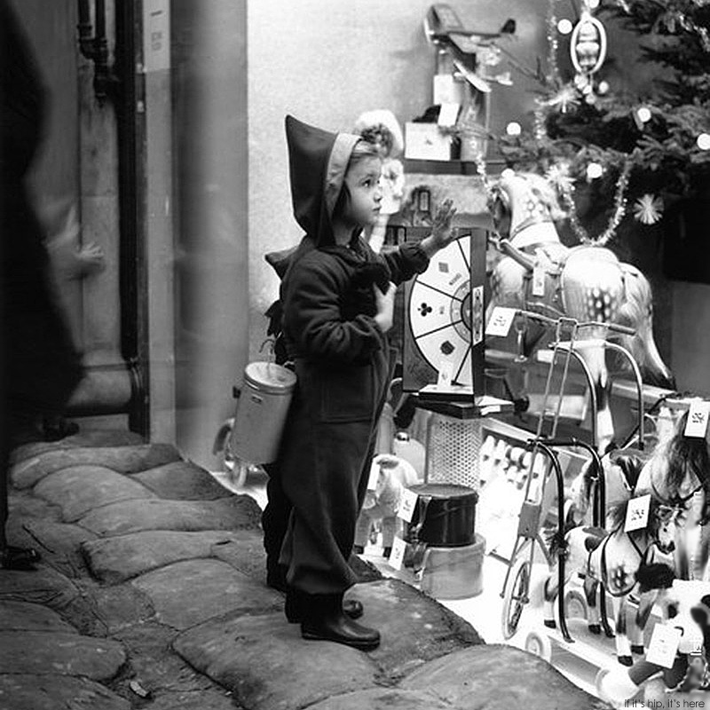 20 great vintage christmas photos from the early 1900s if its hip its here - Vintage Christmas Photos