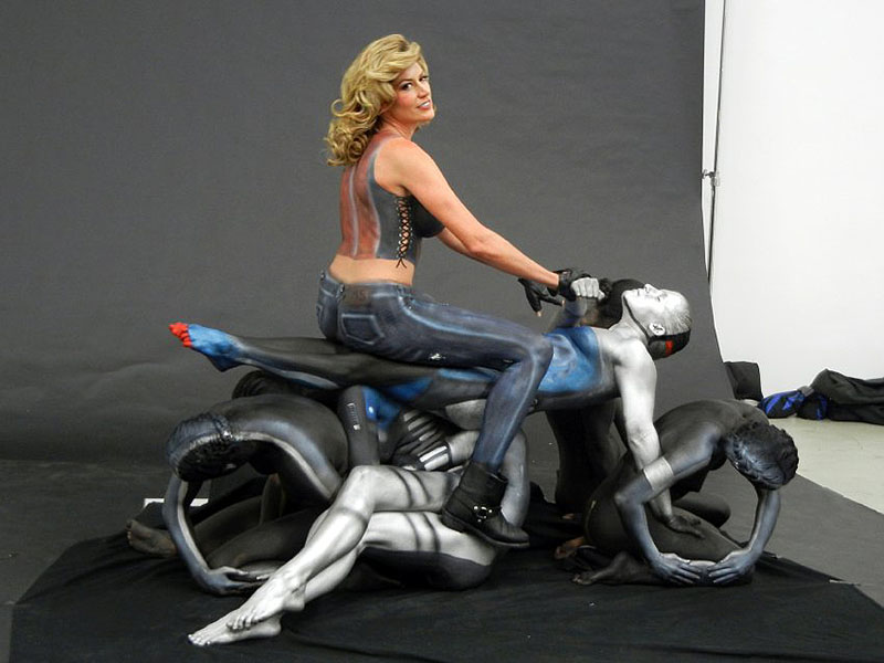 Free Nude Motorcycle Pictures 26