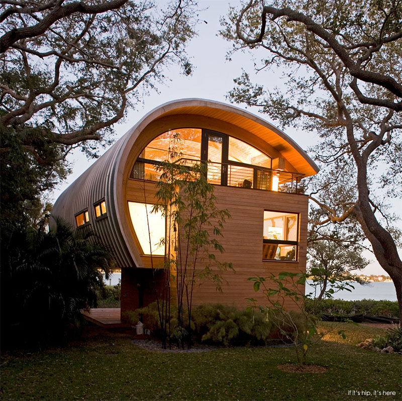 Award winning guest house in florida by sweet sparkman for Award winning house plans 2015