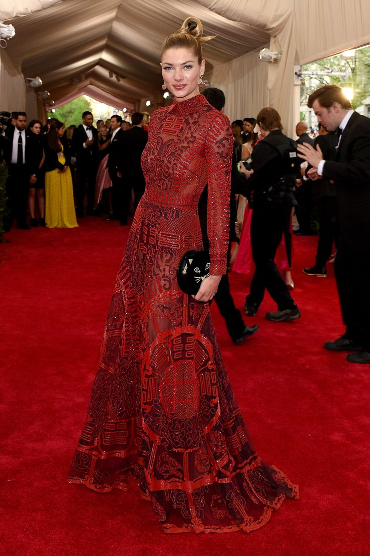Jessica Hart in Valentino at the 2015 Met Gala