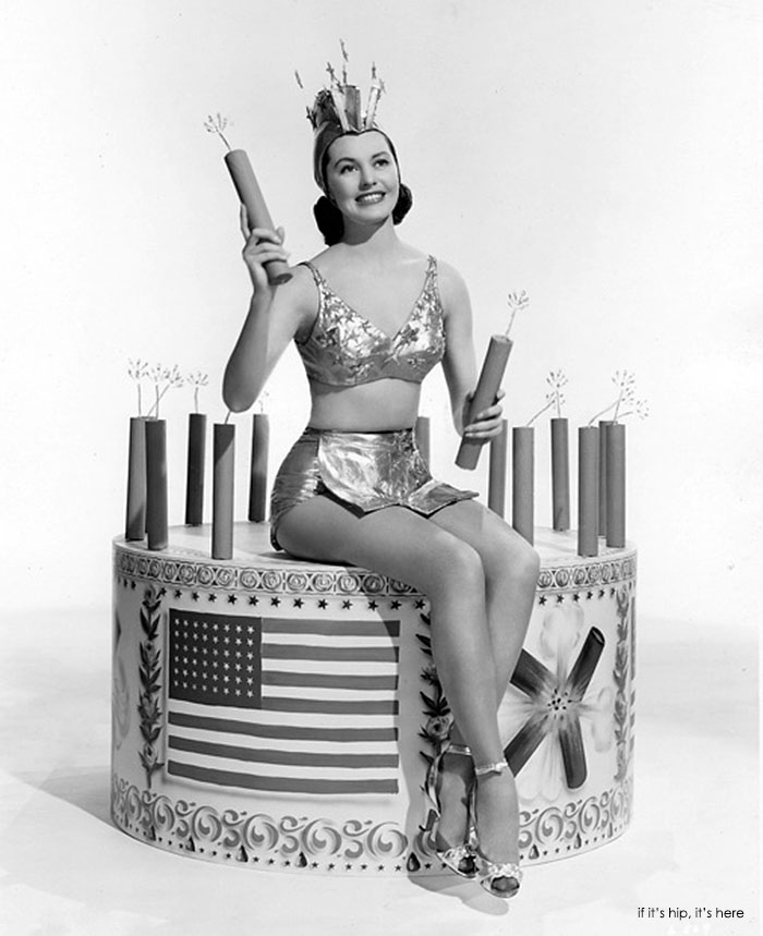 vintage-hollywood-july-4th-cyd-charisse IIHIH – if it's hip, it's here