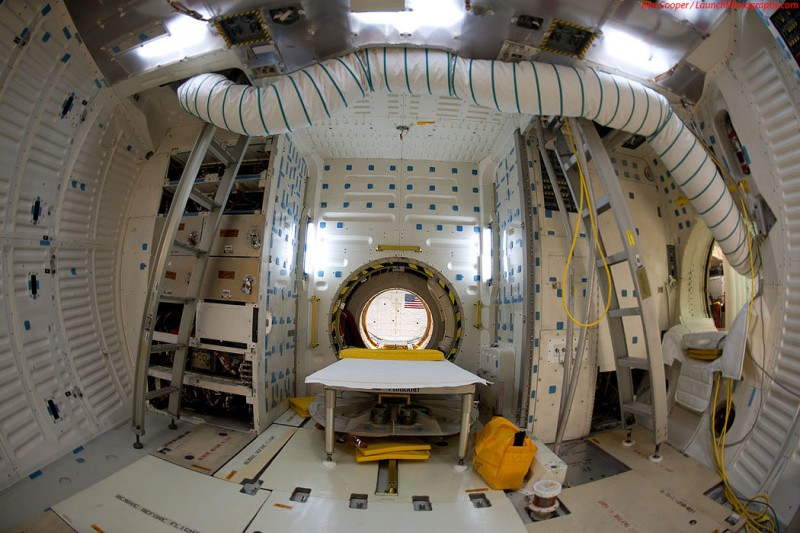 What The Endeavour Space Shuttle Looks Like From The ...