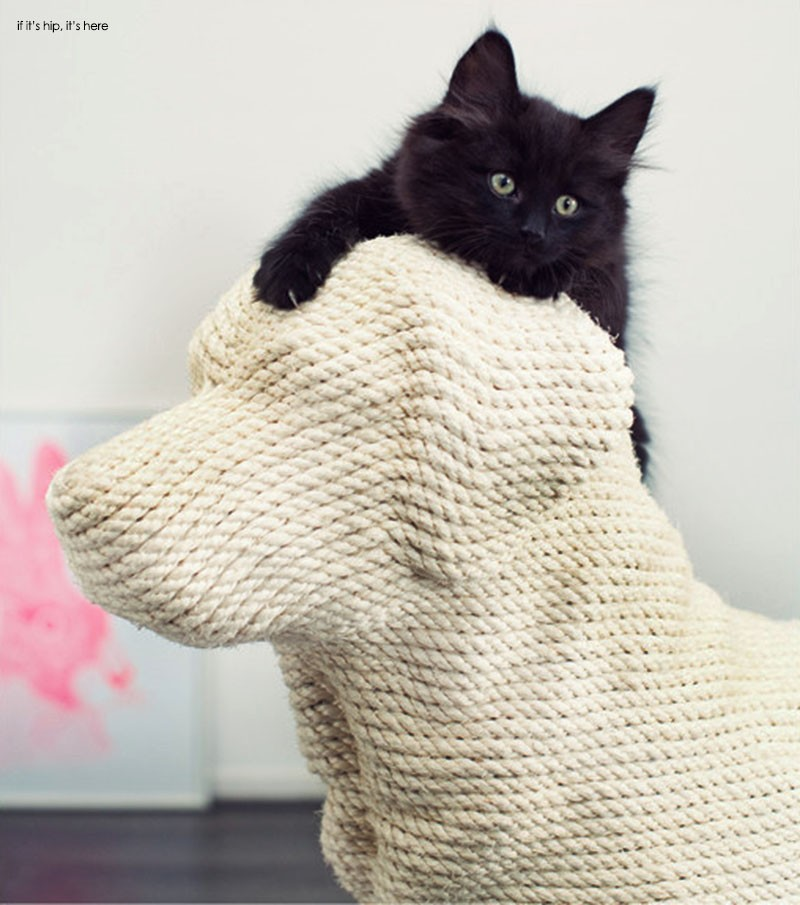 Dog Shaped Cat Scratching Post