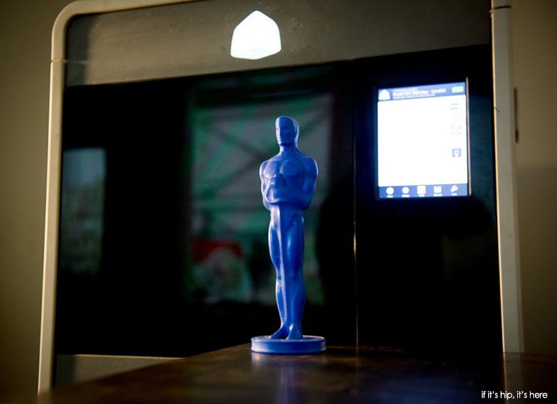 The 3D printed wax statuette