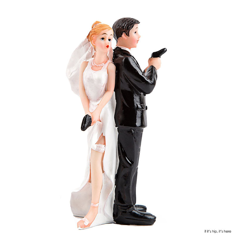 most popular wedding cake toppers 35 of the most wedding cake toppers you can buy 6035