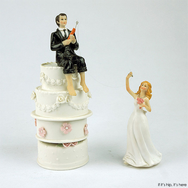 Inexpensive Wedding Cake Ideas: 35 Of The Most WTF Wedding Cake Toppers You Can Buy
