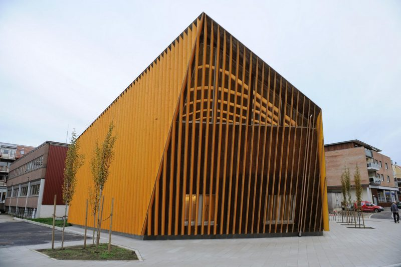 modern library in norway