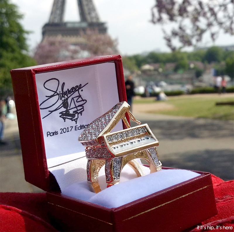 Paris Limited Edition Liberace Opening Piano Ring
