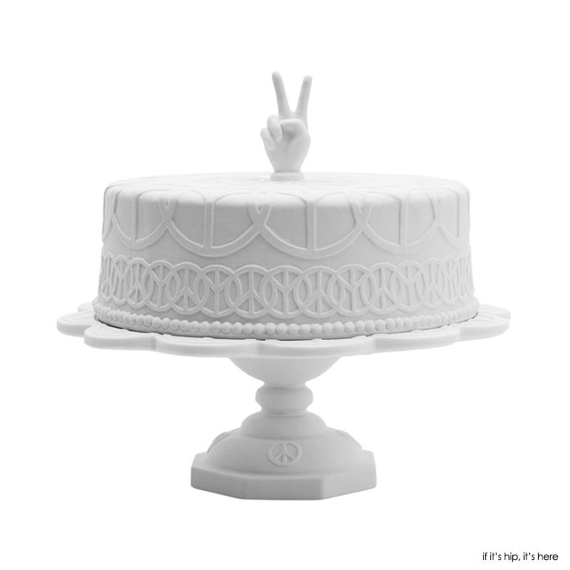 The 25 Most Stunning Cake Stands You Can Buy On Amazon Now