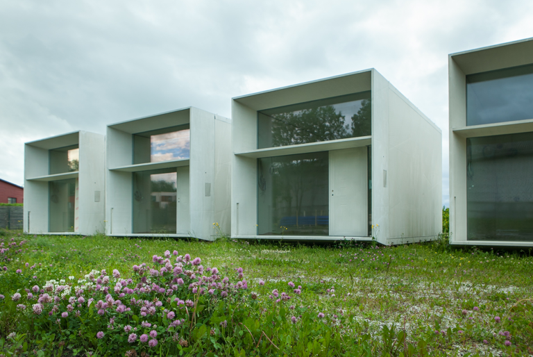 Concrete sustainable prefab koda by kodasema for Prefab concrete house