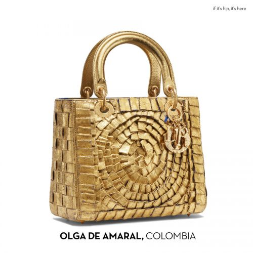 Read more about the article Artists Use Dior Handbags As A Canvas For A Third Time