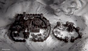 Game of Thrones Opening Now Recreated With Oreo Cookies!