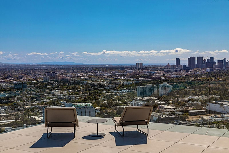 view of LA from olsun kundig collywood