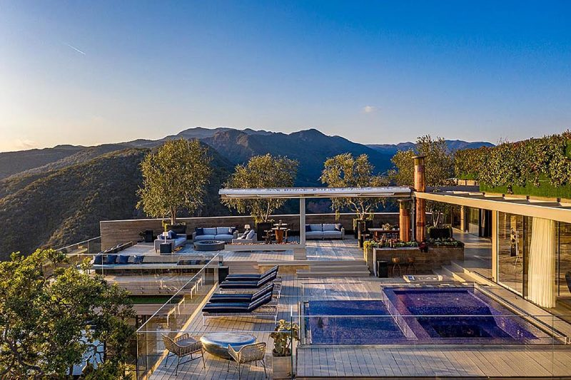 modern mansions in california