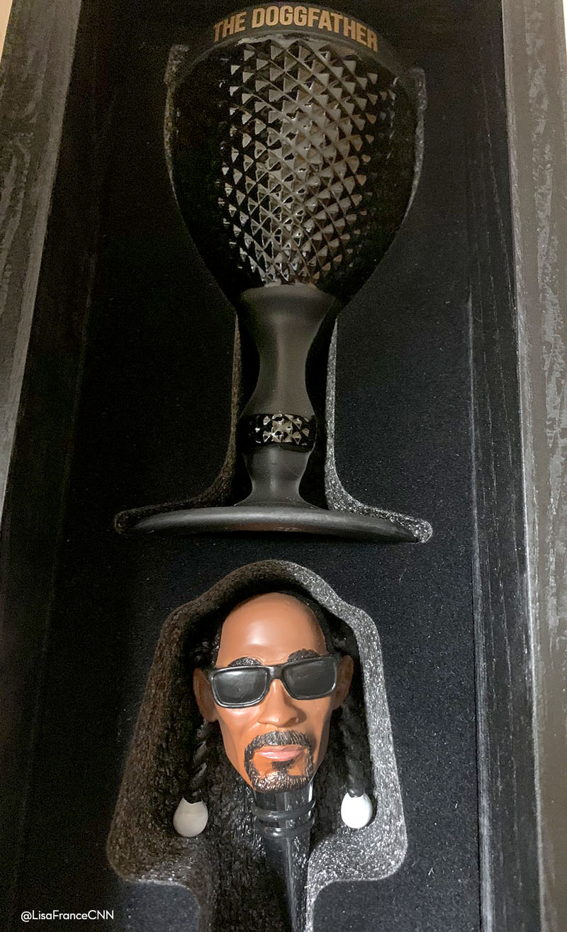 doggfather chalice and Snoop Dizzle stopper