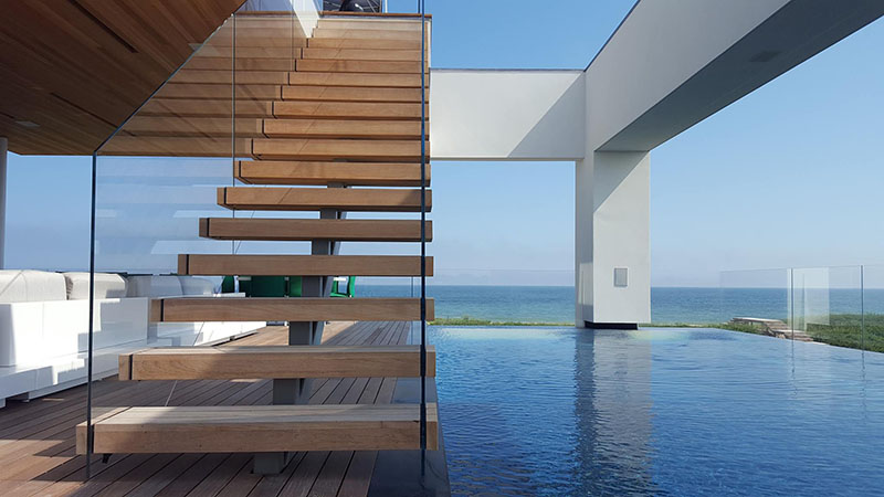 liquidity house pool deck and stairs