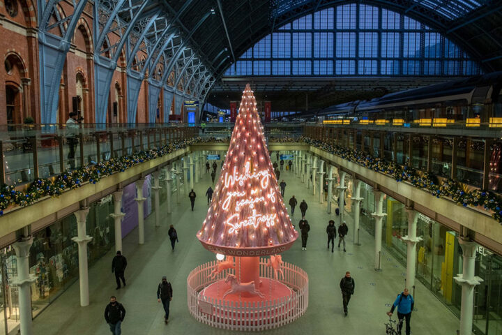 St. Pancras Is Pretty in Pink With The 2020 Tree of Hope.