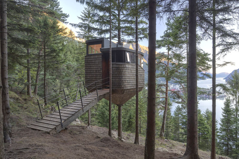 woodnest treehouse in norway