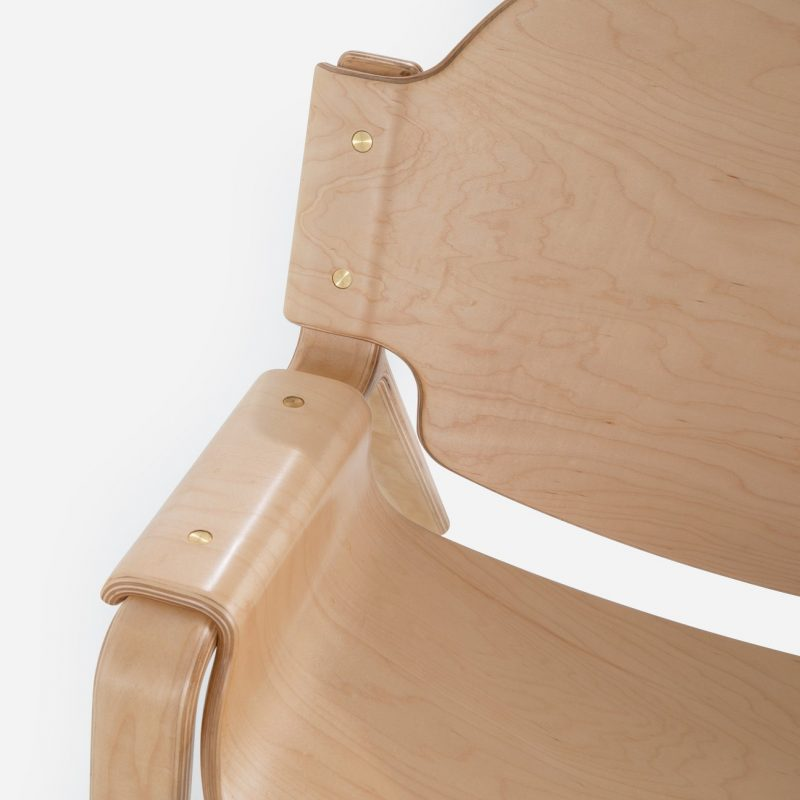 Oyster-Chair-Maple-Detail