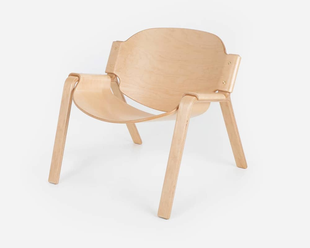 Oyster Chair in Maple Wood